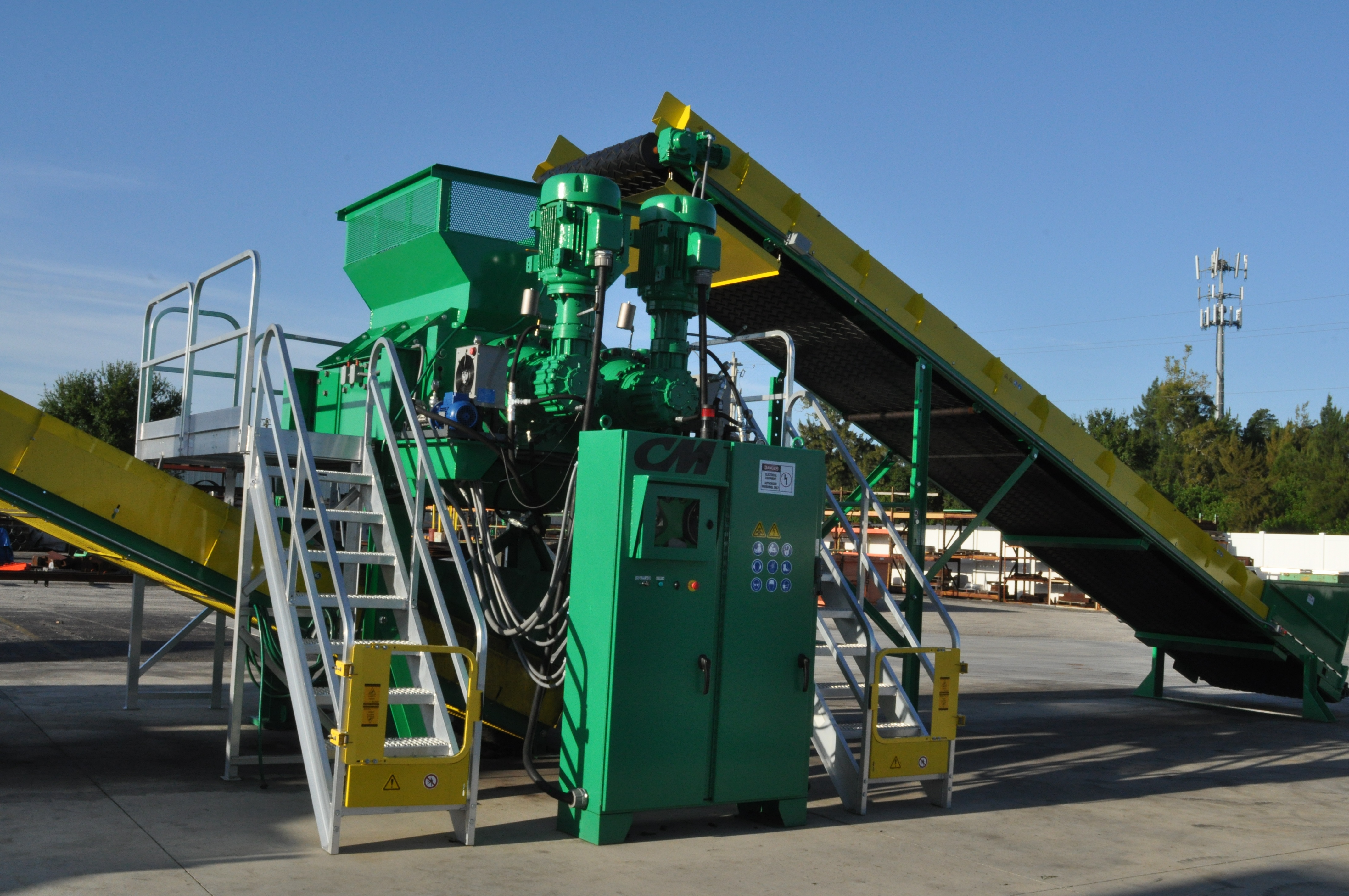 Shown: Columbus McKinnon Hybrid Primary Shredder